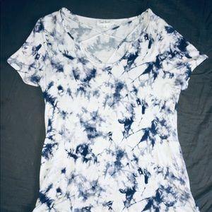 Short Sleeved Shirt, White w/ Blue Pattern